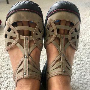 Jambu All Terra design sandal